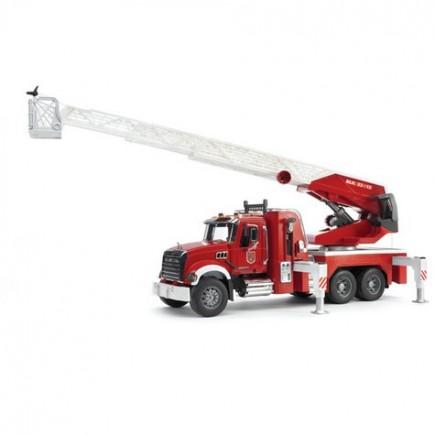 Пожарная машина MACK с выдвижной лестницей и помпой Bruder (Брудер) (02-821, 02821)