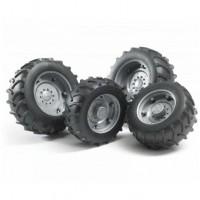 Шины для системы сдвоенных колёс с серебр. дисками 4шт. Bruder 02-001...