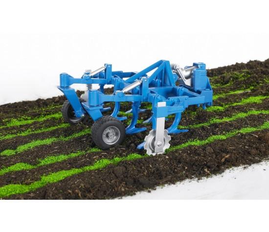 Игрушечные тракторы купить   пластмассовые и металлические.