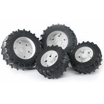 Колеса Bruder с белыми дисками к тракторам серии 3000 03-311